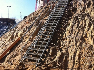 temporäre Treppe