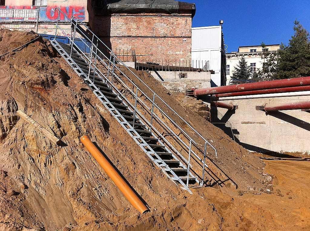 temporäre-Treppe-tlc-2
